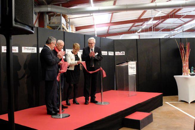 J. Martinet VP d'Orléans Métropole, C. Dumas VP du Centre-Val de Loire, M. Hautin maire de Saran et P. Ravoire pdg.