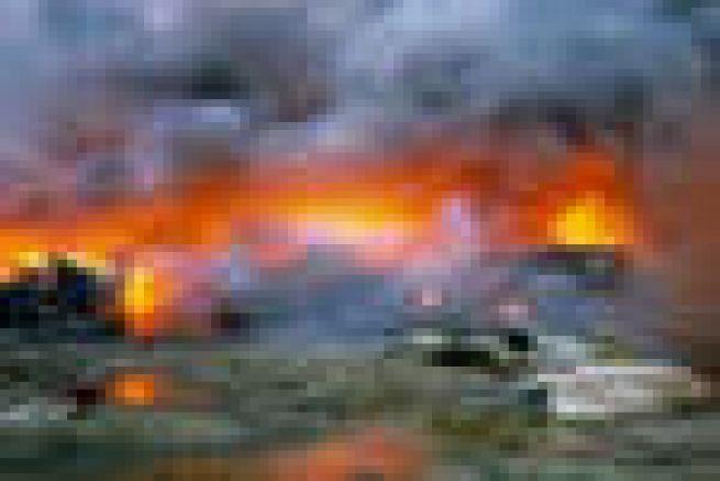 Incendie dans l'ancienne imprimerie Quebecor Blois (41)
