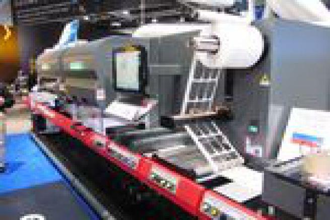 Drupa - la rotative d'�tiquettes EFI Jetrion 4900 augmente sa r�solution et gagne en souplesse