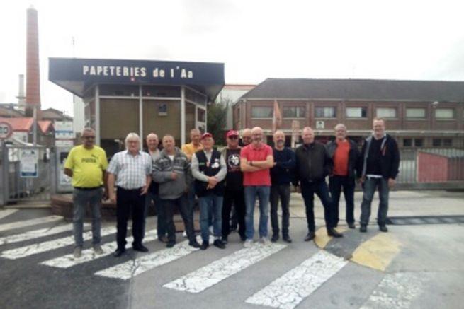 Les anciens salariés se relaient pour veiller sur l'usine et ses machines.