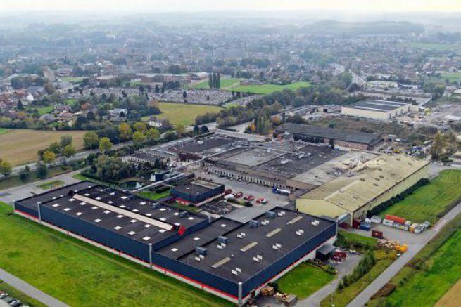 Le site de production de Mactac Europe se situe en Belgique.
