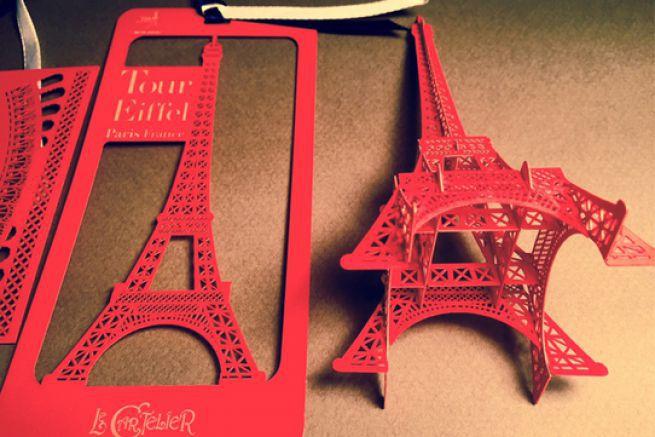 Le Cartelier a remporté le prix dans la catégorie carte de visite avec sa tour Eiffel à assembler, découpée au laser.