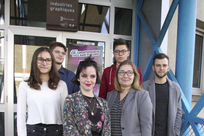 Les jeunes candidats des 45es Olympiades des métiers option prépresse en Pays de la Loire.