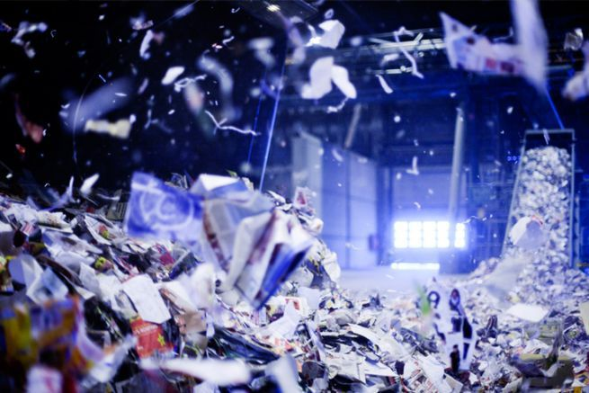 La papeterie Langerbrugge de Stora Enso recycle du papier pour produire du papier journal et du papier magazine.
