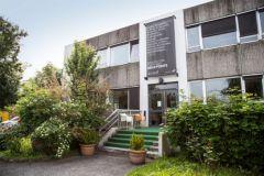 L'imprimerie est située à Bresson, à côté de Grenoble (image Google Street View).