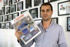Jérôme Cazadieu, directeur de la rédaction, présente le nouveau format dans une vidéo postée sur le site du journal sportif.