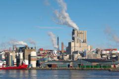L'usine de Husum en Suède a un accès direct aux infrastructures portuaires.