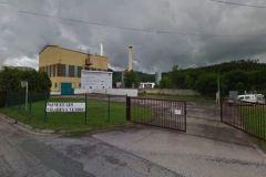 Située en Lorraine, la papeterie arbore en juin 2013 une banderole