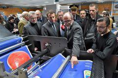 Jean-Luc Corlet a présenté son imprimerie au ministre de l'Économie.