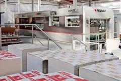 Delta Print and Packaging produit notamment des boites pliantes pour la chaîne de restauration rapide KFC.