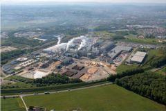 Le site Norske Skog Golbey dispose d'une capacité de production de 600 000 tonnes de papier journal par an