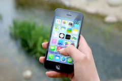 La publicité sur mobile devrait bientôt dépasser la publicité dans les médias traditionnels.