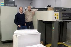 Raphaël Gabouty, directeur général du groupe Territoires Graphiques (à g.) et Patrick Rizzo, directeur de Promoprint.