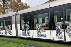 Tram décoré pour l'année Gutenberg à Strasbourg