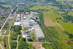 La papeterie d'Étival-Clairefontaine située près de la Meurthe