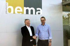 Bart De Bie, directeur général d'Antilope De Bie, (à gauche) et Bart Beyers, directeur de Bema Graphics (à droite).