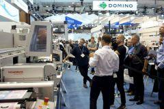 Roland Bervillé (à g.), le pdg, et Bastien Schloupt, le chef d'atelier, peuvent désormais proposer la dorure numérique.