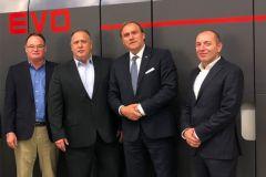 R. Vandagriff VP Kodak, J. Continenza dir ex Kodak, A. Peretti CEO Uteco, R. Passerini, dir vente Kodak