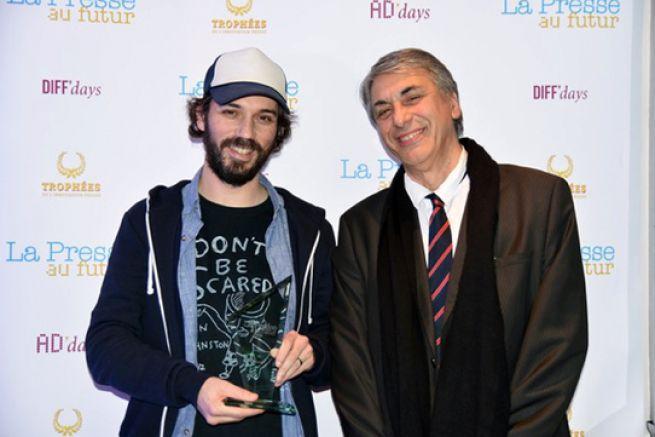 Franck Annese de So Press remporte le titre de Meilleur Éditeur et son titre Society, celui de l'Innovation éditoriale.
