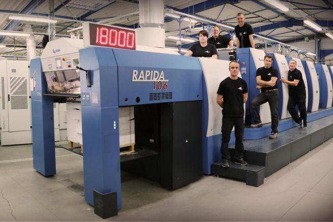 Presse offset Koenig & Bauer Rapida 106 8 couleurs high speed dotée de la technologie de séchage led-UV